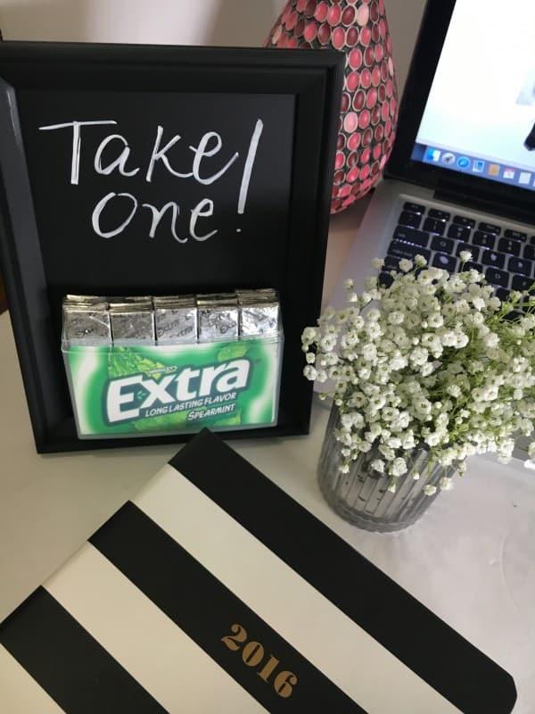 DIY Chalkboard Frame Gum Holder - Stylish Cravings