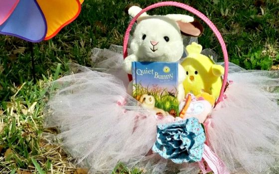 Olivia's First Easter Outfit from Kohls + DIY Tutu Basket