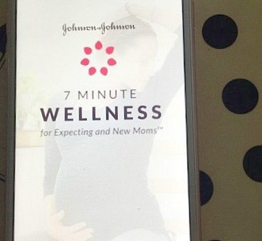 Johnson & Johnson 7 Minute Wellness for Expecting and New Moms™