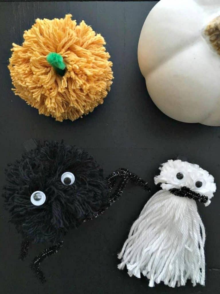 DIY Pom Pom Halloween