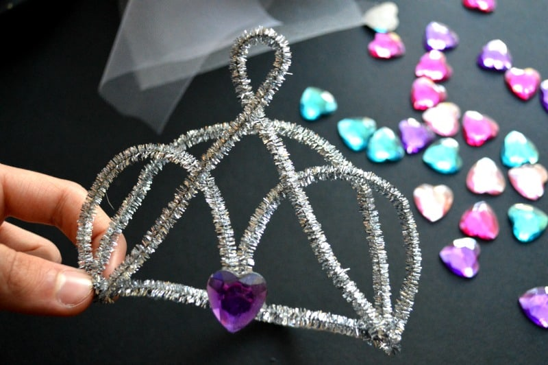 DIY Pipe Cleaner Tiara