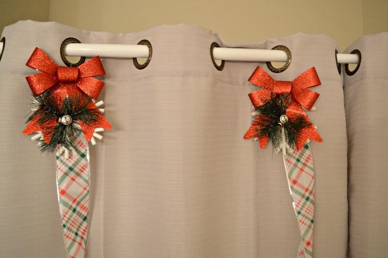 DIY Christmas Ornament Shower Curtain