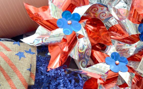 DIY Memorial Day Pinwheel Centerpiece
