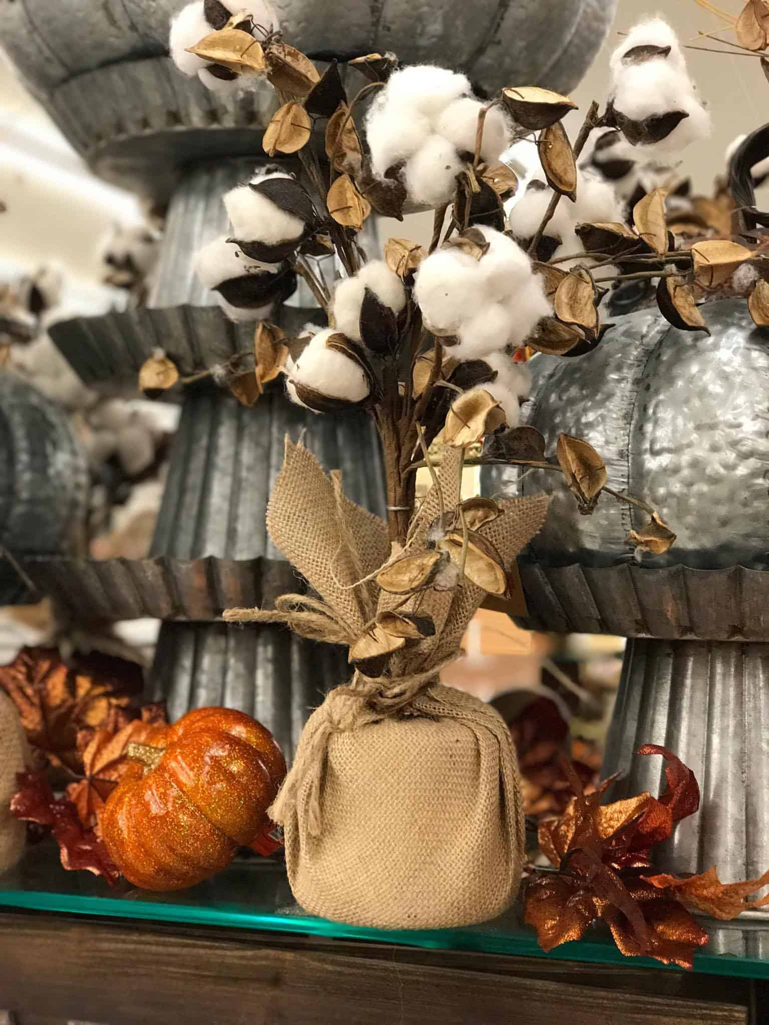 Hobby Lobby Halloween Decorations 2019.Fall Home Decor At Hobby Lobby Stylish Cravings