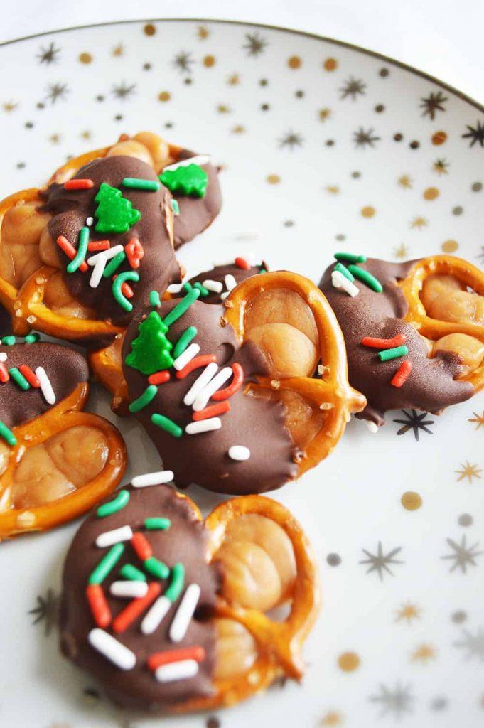 Christmas Caramel Pretzels