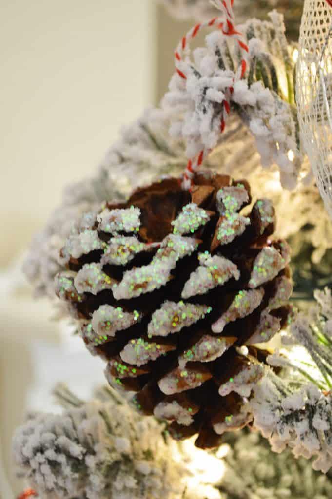 DIY Glitter Pine Cone Ornaments