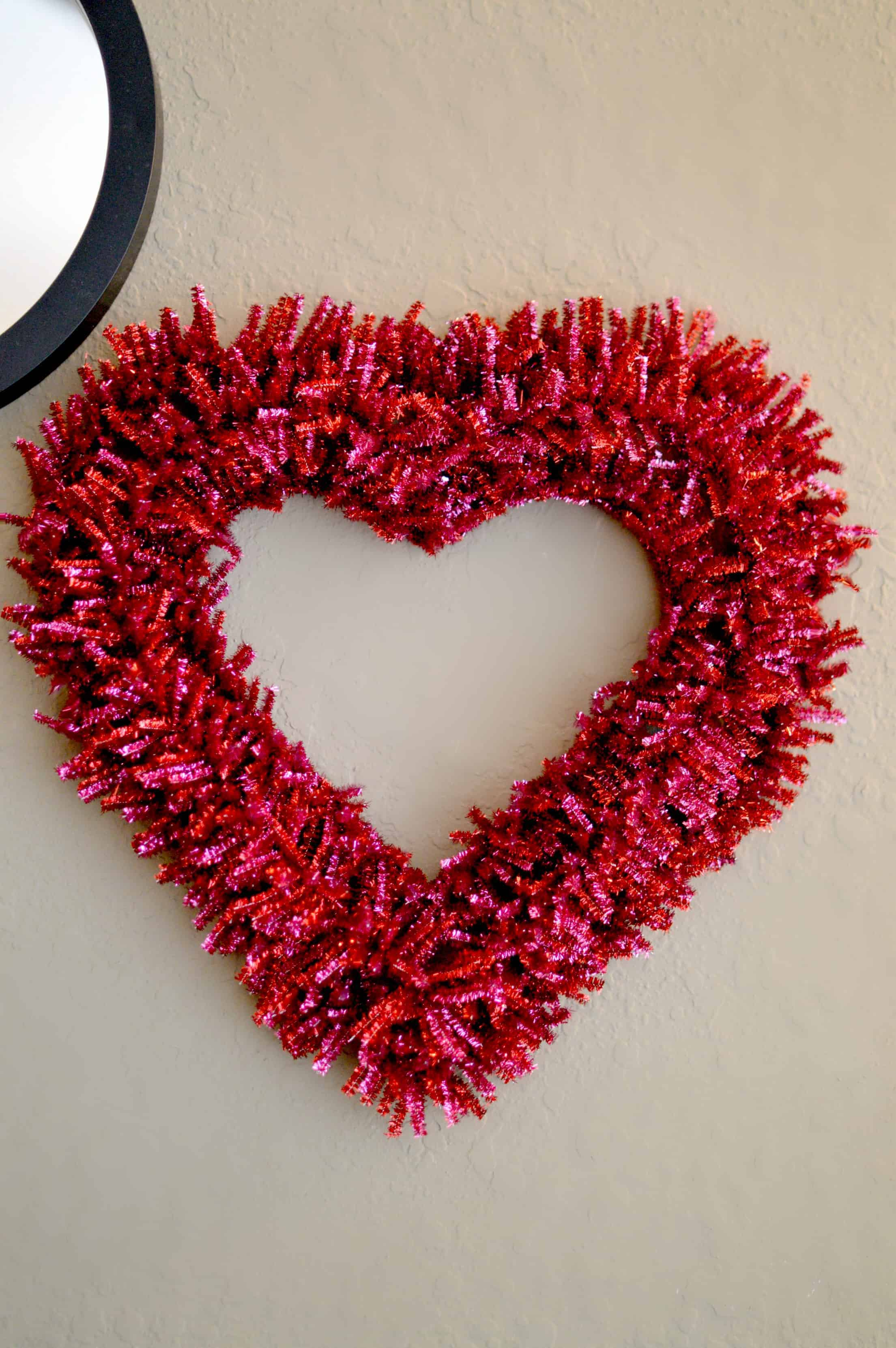 Pipe Cleaner Valentine's Day Wreath