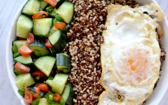 Breakfast Quinoa Bowl