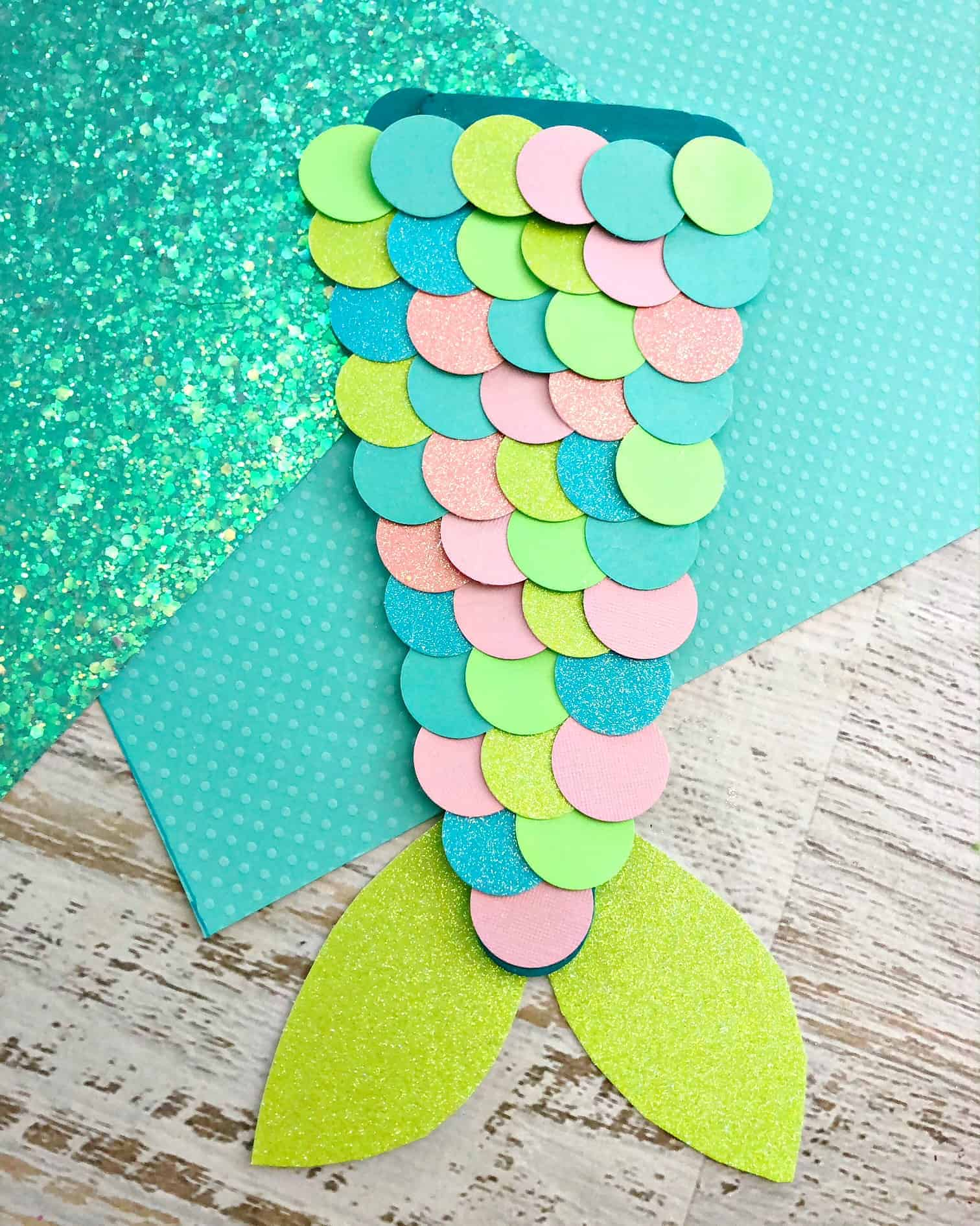 how to put on a mermaid tail