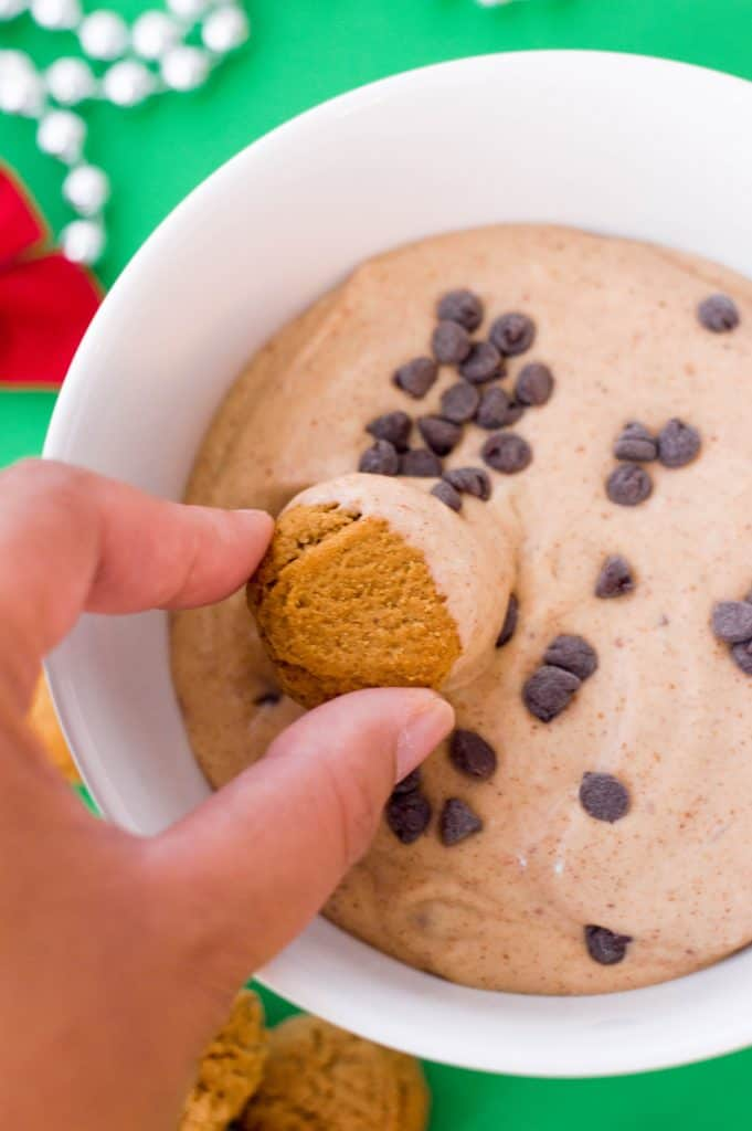 Easy To Make Gingerbread Dip