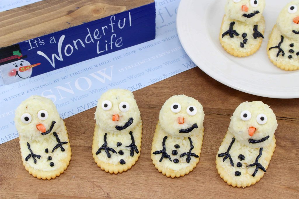 Melting Snowman Cheeseball