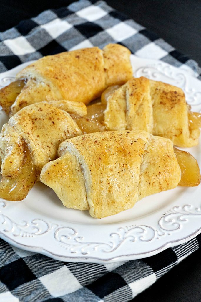 Easy Apple Crescent Rolls
