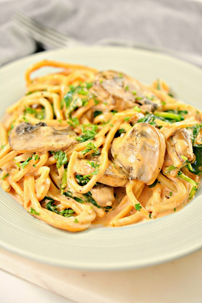 Keto Tomato Cream Sauce Pasta With Mushrooms