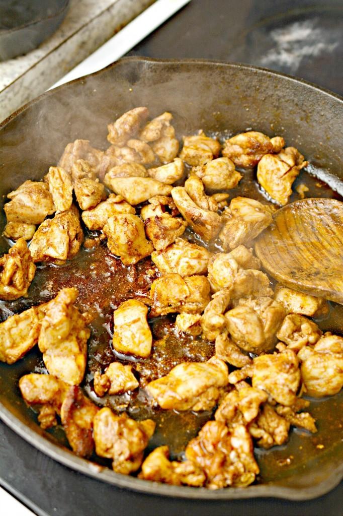 Low Carb Jalapeno Popper Chicken Skillet