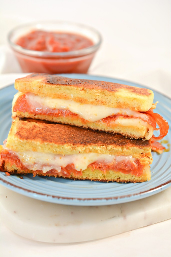Keto Pizza Grilled Cheese Sticks