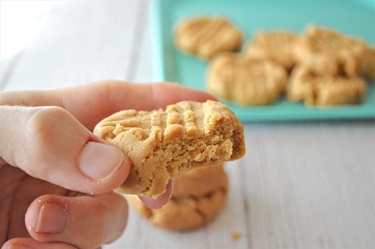 Coconut Flour Peanut Butter Cookies - No-Bake Recipe