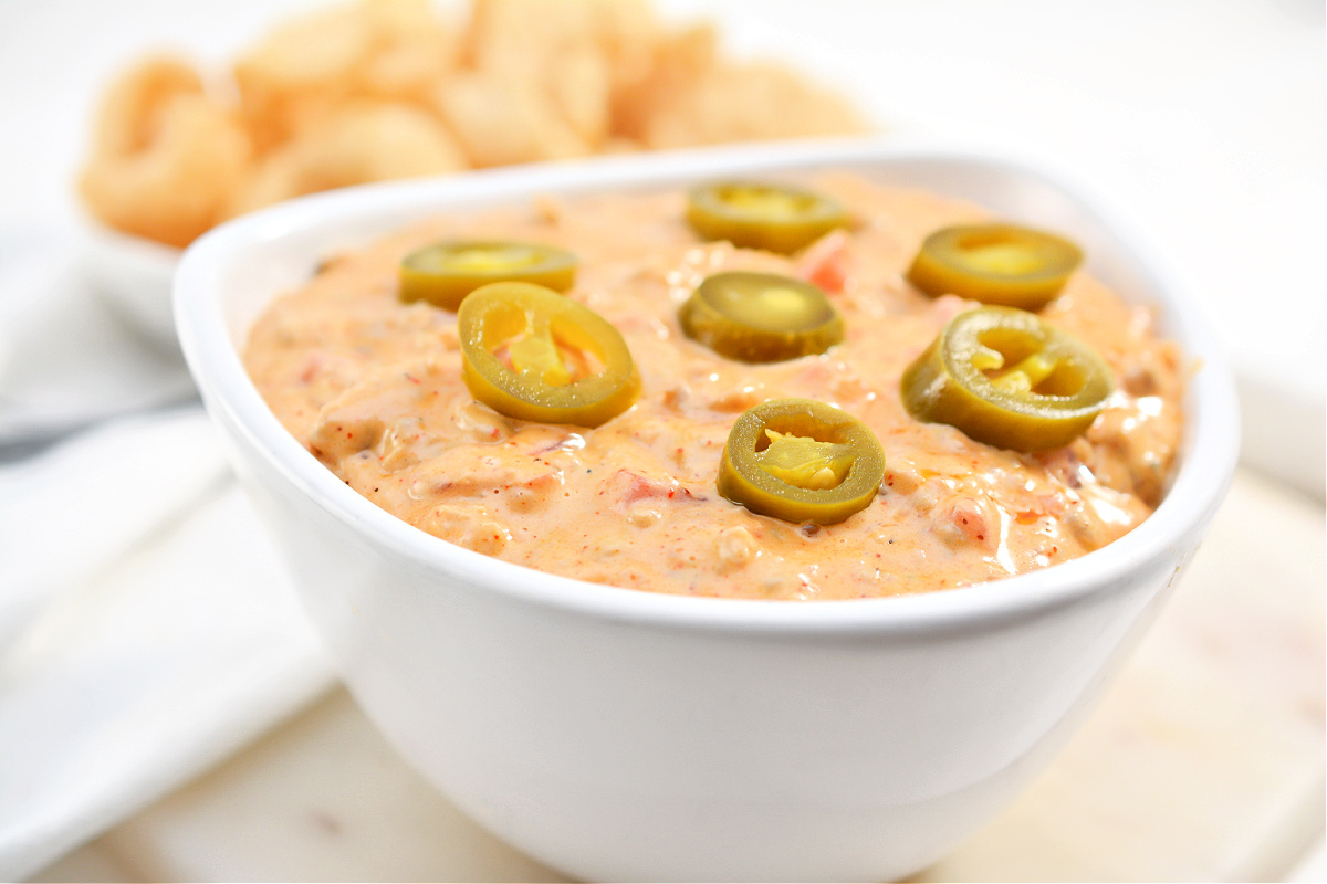 Keto Queso Dip With Sausage