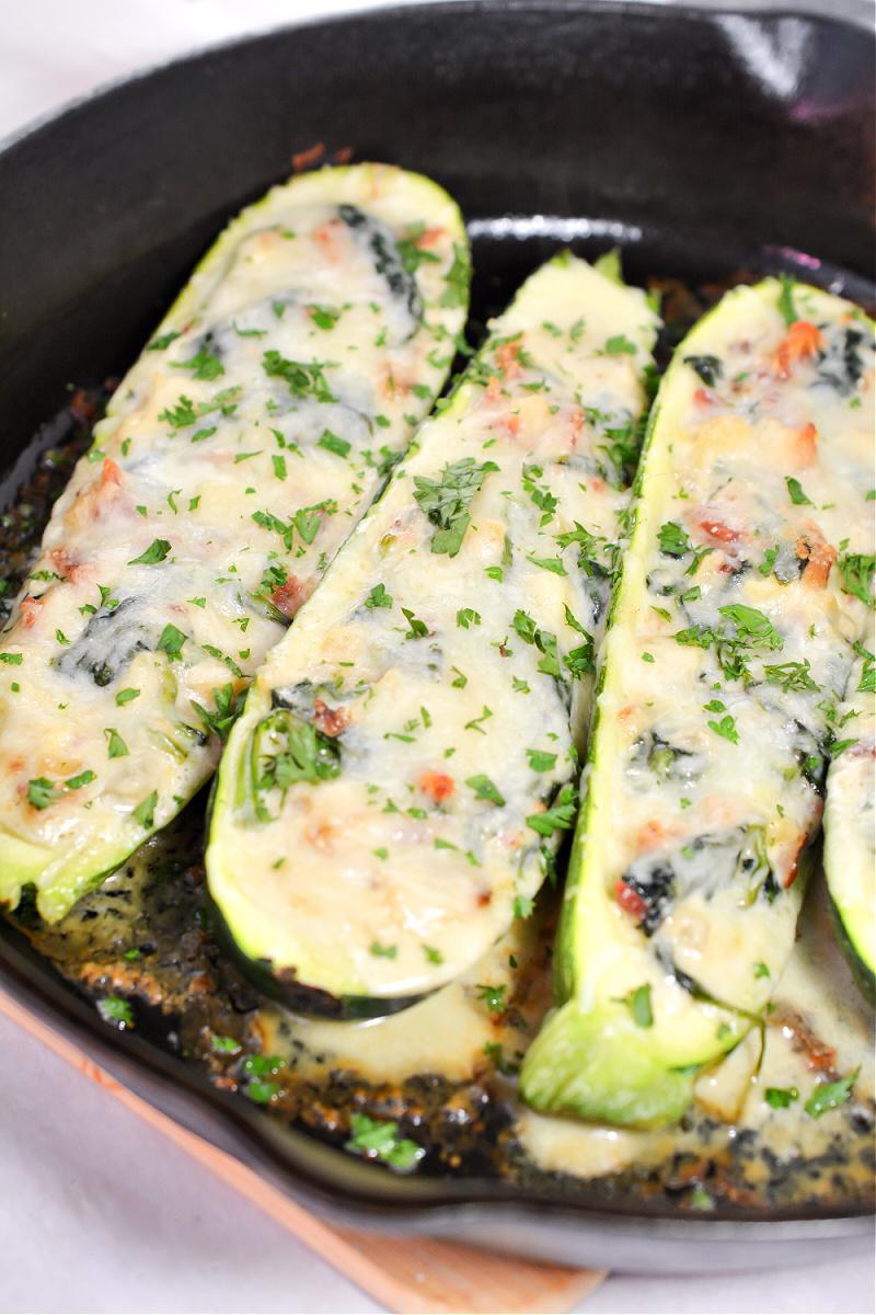Cheesy Garlic Spinach Parmesan Zucchini Boats