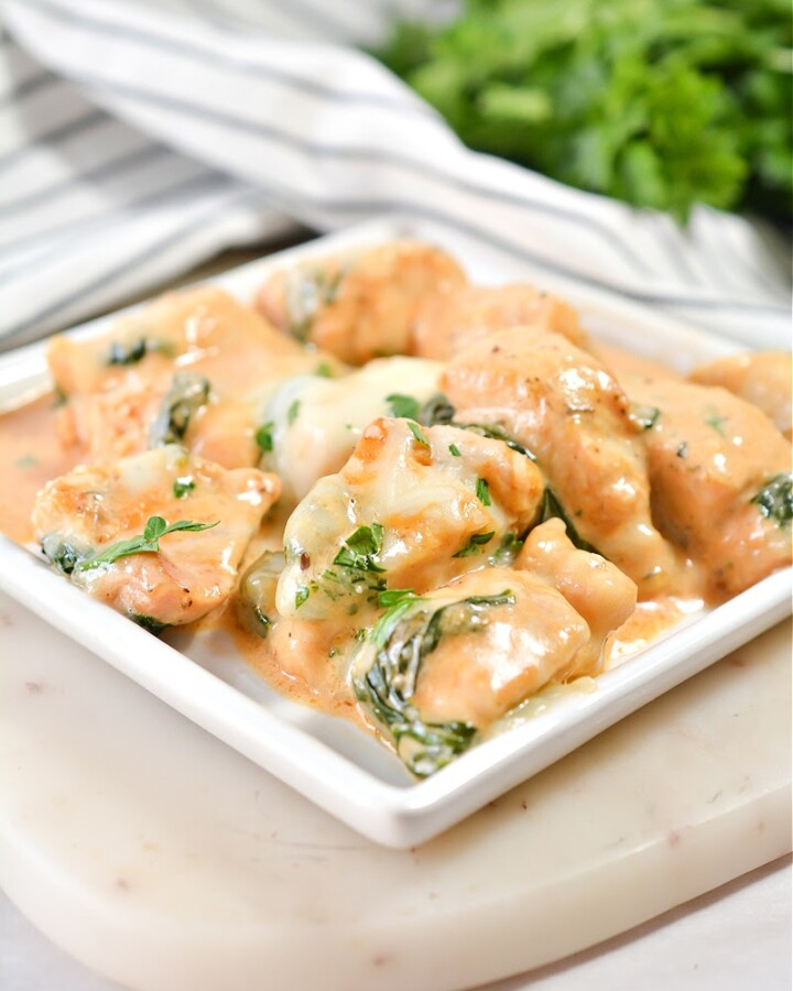 Keto Skillet Chicken and Mozzarella